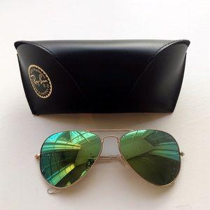 Ray-Ban Large Mirrored Aviator Sunglasses 58mm